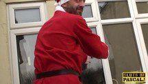 Papai Noel taradão fudendo a gordinha trepadeira